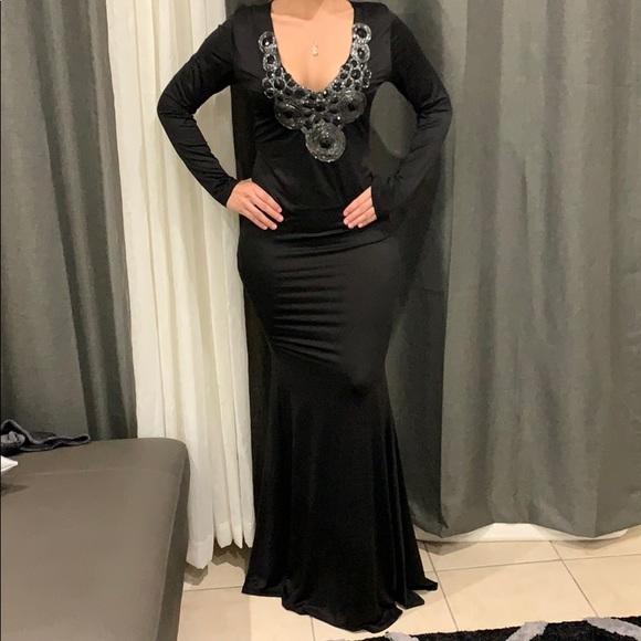 GOODTIME Dresses & Skirts - Beautiful long black dress size Large